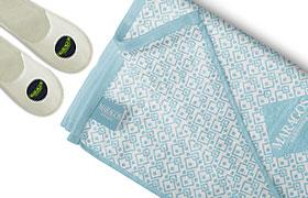 Πετσέτες μπουρνούζια παντόφλες
